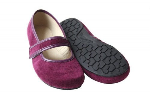 Tadeevo burgundy pumps a.jpg